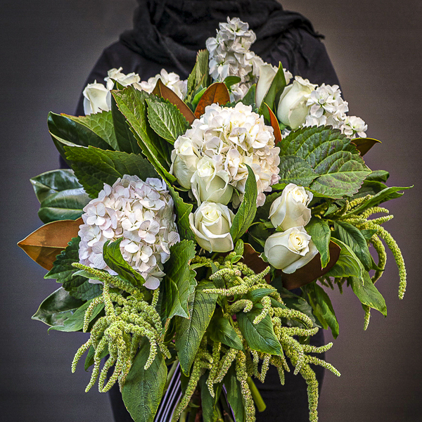 Beautiful white bouquets delivered Sydney wide